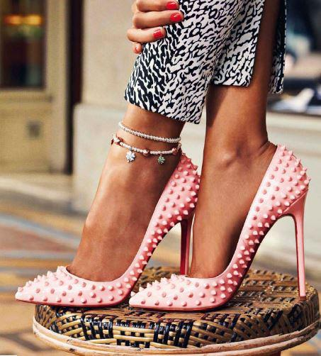 louboutin pink spikes pumps